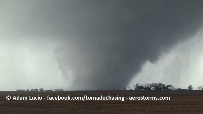 Washington Illinois Tornado (c) Adam Lucio
